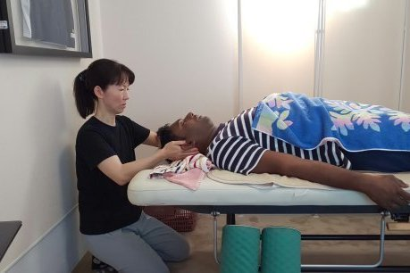 SHIATSU(Acupressure) Massage